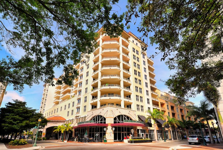 One Hundred Central Condos Downtown Sarasota