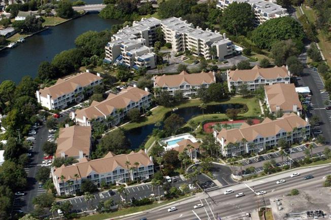 Central Park 1 and 2 Condos Downtown Sarasota
