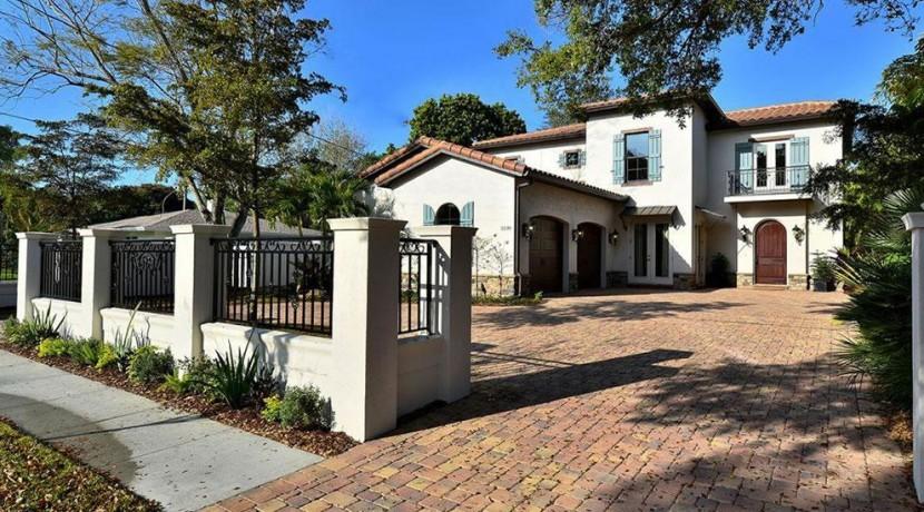 West of Trail Sarasota Real Estate